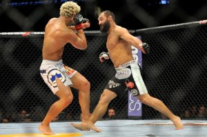 Johny Hendricks left hook